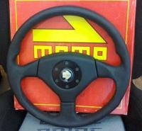 Спортивный руль MOMO (кожа) GT-5137